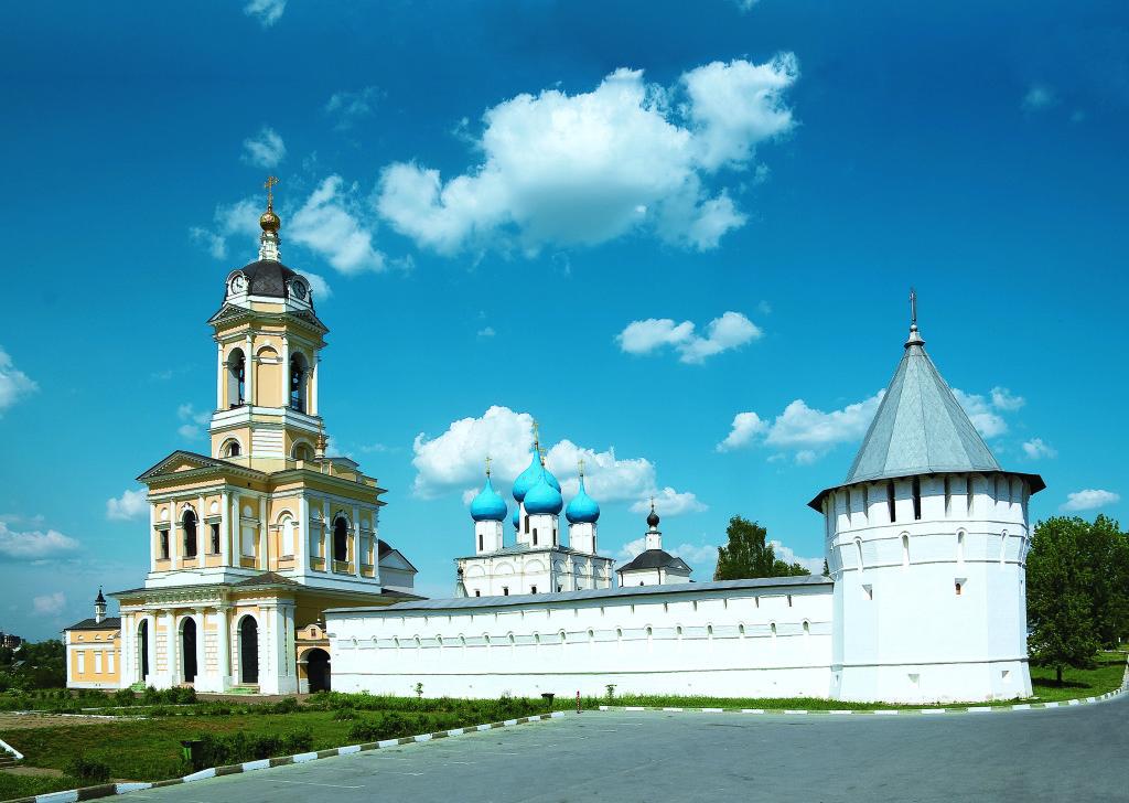 общий вид Высоцкого монастыря